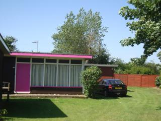 Holiday chalet - Mundesley - North Norfolk. - Mundesley vacation rentals