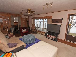 Waterfront Family cottage (#983) - Campbellford vacation rentals