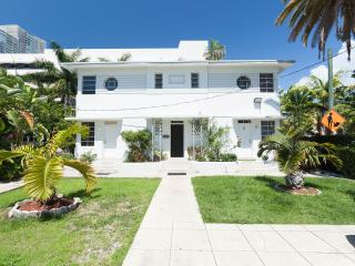 BEST LOCATION CLOSE TO THE BEACH - Miami Beach vacation rentals