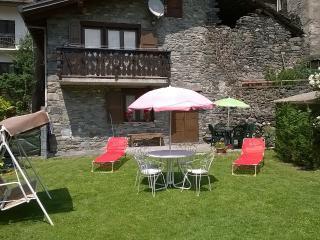 Casa Vacanze Anilla&Miotto - Montjovet vacation rentals
