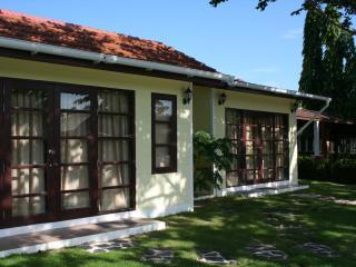 Mae Phim. Rock Garden Villa - Klaeng vacation rentals
