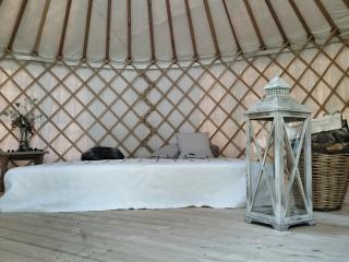 Nice Yurt with Internet Access and Short Breaks Allowed - Romanshorn vacation rentals