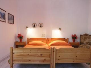 Stafylos studio no 2 (Ground floor) - Stafylos vacation rentals