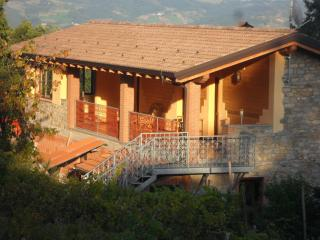 Cozy 3 bedroom Bobbio Bed and Breakfast with Internet Access - Bobbio vacation rentals