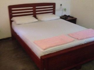 ROOMS IN KADUWELA - Kaduwela vacation rentals