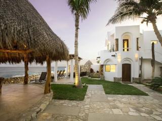 Beachfront Villa pool, jacuzzi, staff sleeps 8 - Los Cabos vacation rentals