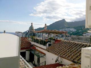 "Elisa – B & B – Casa Vacanze"" VIETRI sul MARE (SA) - Vietri sul Mare vacation rentals"