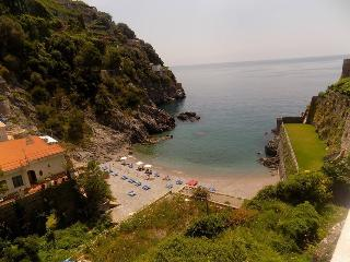 Nice Townhouse with Internet Access and Short Breaks Allowed - Maiori vacation rentals