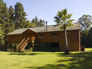 Beautiful House with Deck and Internet Access - Harkerville vacation rentals