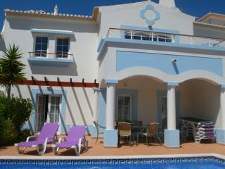3 bed villa on golf course with heated pool QEV21 - Salema vacation rentals