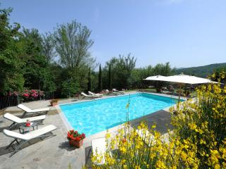 7 bedroom Villa in Anghiari, Arezzo and surroundings, Italy : ref 2293980 - Anghiari vacation rentals