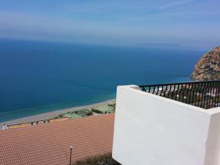 Villa a Capo Calavà di fronte alle isole Eolie - Gioiosa Marea vacation rentals
