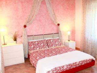 3 bedroom B&B with Internet Access in Rimini - Rimini vacation rentals