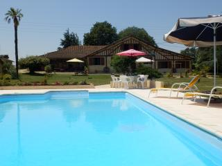 Lovely Gite with Internet Access and Television - Lupiac vacation rentals