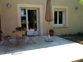 Nice Condo with Internet Access and Garden - Valence vacation rentals