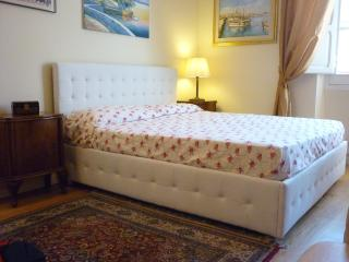 Gorgeous apartment in the historical city center - Cagliari vacation rentals