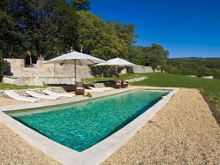 La Belle de Saumane, Sleeps 12 - L'Isle-sur-la-Sorgue vacation rentals