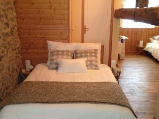 Romantic 1 bedroom Bed and Breakfast in Grignols - Grignols vacation rentals