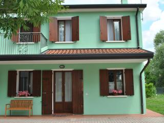 Cozy house: visit Veneto and relax - Preganziol vacation rentals