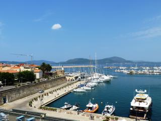 Alghero overlooking port - Alghero vacation rentals