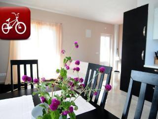 Modern apartment in Murter - Murter vacation rentals