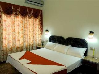 HISTORICAL BREAKS – Stay in a Lovely Village - Ernakulam vacation rentals