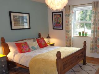 An Garth Gloweth - Quirky B&B nr to Everything! 1 - Veryan in Roseland vacation rentals