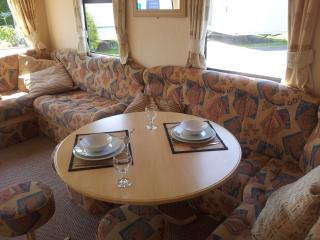 3 bedroom Caravan/mobile home with Internet Access in Rhyl - Rhyl vacation rentals