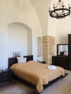 4 bedroom B&B with Internet Access in Nazareth - Nazareth vacation rentals