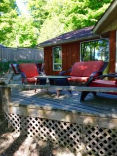 """""""Island View Lake House"""" on the Rideau - Rideau Lakes vacation rentals"""