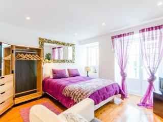 LisbonCore Apartment in Bairro Alto, Chiado - Lisboa vacation rentals