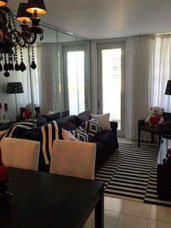 Beautiful Renovated apartment with balcony - South Miami vacation rentals