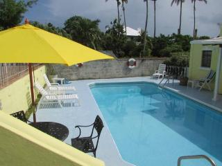 Cozy Condo with Internet Access and A/C - Hamilton vacation rentals