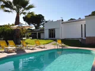 Nice Villa with Internet Access and A/C - Vale do Lobo vacation rentals
