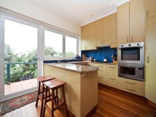 Tamarama Beach House TAM16 - Sydney vacation rentals