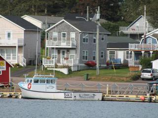 2 bedroom House with Deck in North Rustico - North Rustico vacation rentals
