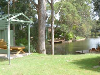 """JETTY ON THE ESTUARY"" - Lake Conjola vacation rentals"