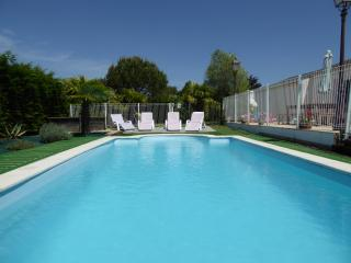 Heated/fenced private pool, village location - Angles vacation rentals