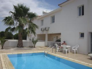 Nice Villa with A/C and Outdoor Dining Area - Xylofagou vacation rentals