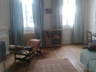 Nice Condo with Internet Access and Central Heating - Honfleur vacation rentals