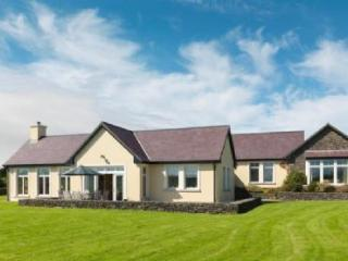 Dingle Ard Na Mara House, Dingle, Co.Kerry - - Dingle vacation rentals
