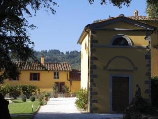 VILLA CERRETA - Massa e Cozzile vacation rentals