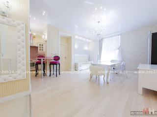 Luxury apartments in the center/ Paradnaya 3 - Saint Petersburg vacation rentals