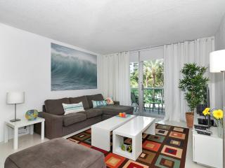 Beautiful Condo in Hollywood Beach - 2 Bedrooms - Hollywood vacation rentals