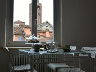 Bright 2 bedroom Bed and Breakfast in Piacenza with Television - Piacenza vacation rentals