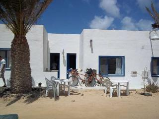 Apartmen in La Graciosa, Lanzarote 101533 - Caleta de Sebo vacation rentals