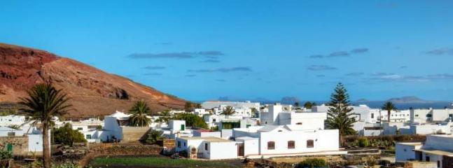 Купить домик на канарских островах дешево очень дешево
