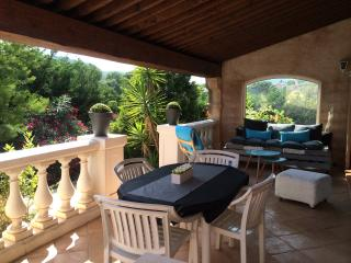Nice Condo with Internet Access and Satellite Or Cable TV - Roquebrune-sur-Argens vacation rentals