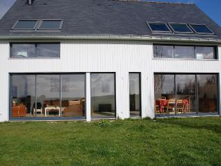 Maison en bois orientée sud ouest vue Marais salan - Guerande vacation rentals