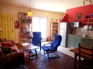 Beautiful House with Garden and Washing Machine - Arriate vacation rentals
